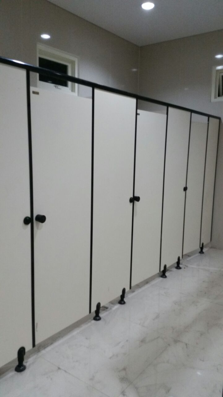 ToiletcubicleuntukSMAMuhammadiyah10-5